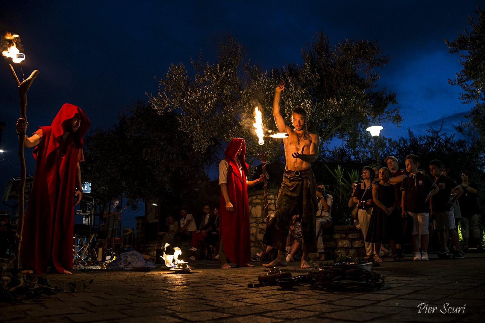 Nicola Colleoni – La Compagnia del Niño – spettacolo di fuoco – monte isola