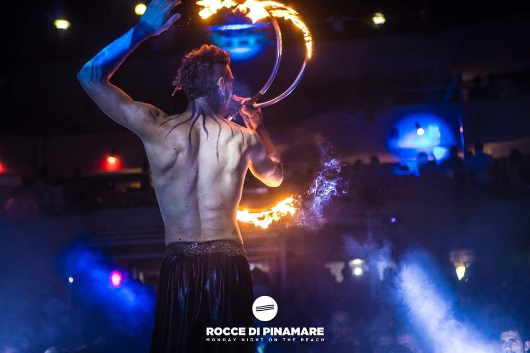 Nicola Colleoni – performarte – spattacoli – fuoco – eventi