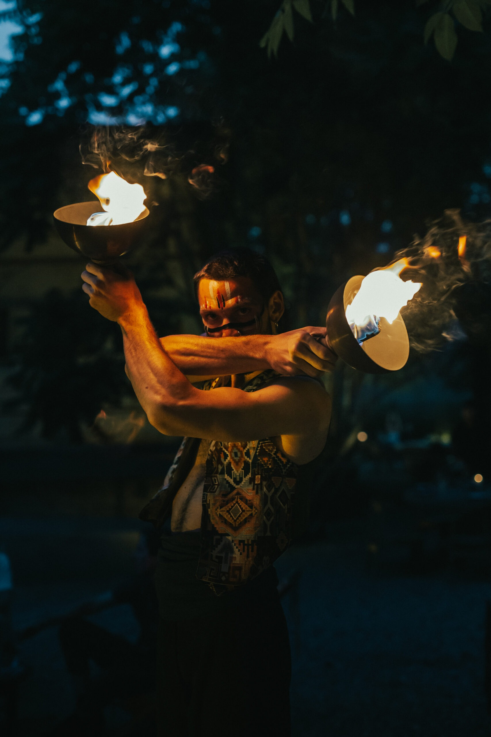 Nicola Colleoni Performarte – The Sanctuary Eco Reatreat Milano – performer – fire dancer – artist